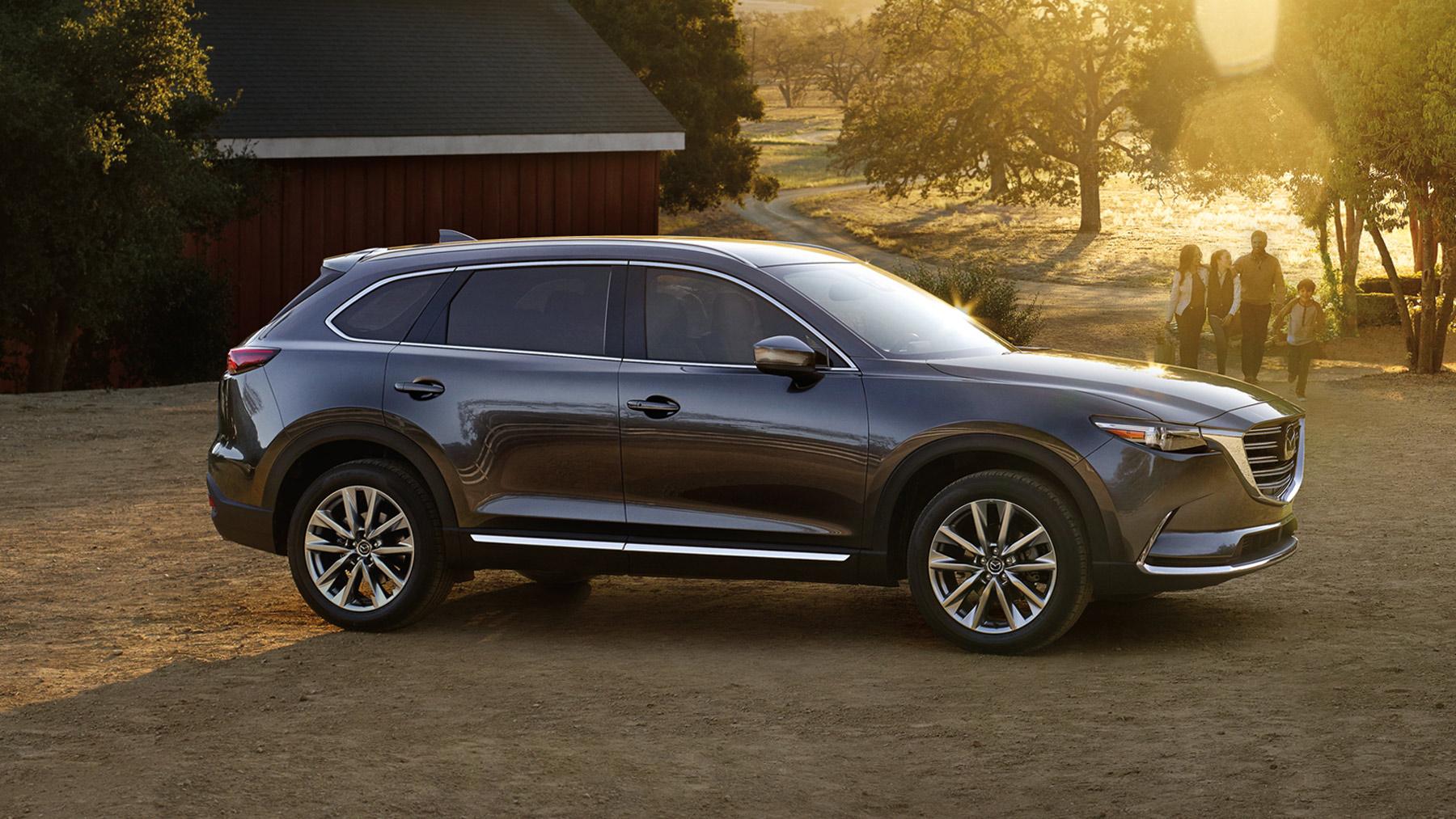 2017 Mazda CX-9 fuel economy and driving range